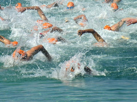 Endurance Athletes in Triathlons At-Risk for Pulmonary Edema