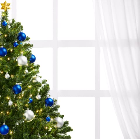 Live Trees, Scented Candles Hijack the Holidays for Allergy Sufferers