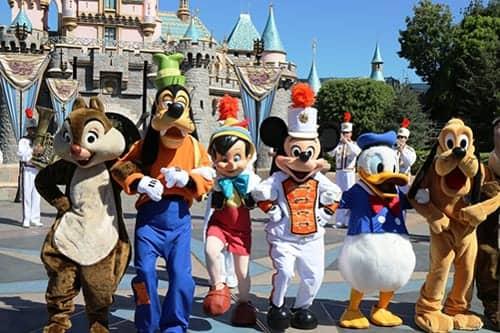 Measles Outbreak Strikes Disneyland