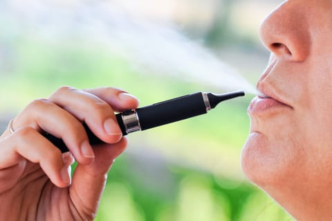 UCL: E-cigarettes Helped Up to 22K UK Smokers Quit in 2014