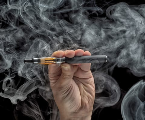 Teens More Likely to Try E-cigarettes When Exposed to TV Ads