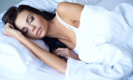 Sleeping Less Linked to Weight Gain in Women