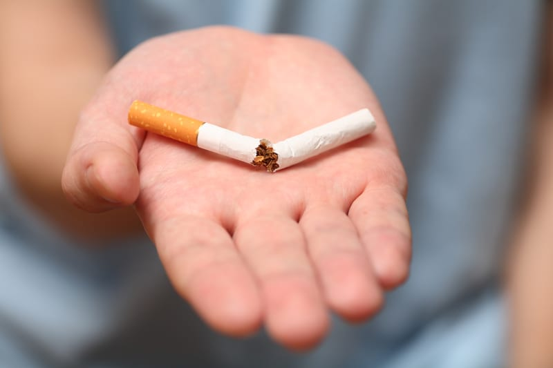 Quitting Smoking Too Soon Before Lung Surgery Risky