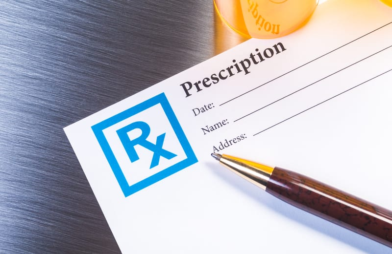 Education, Tobacco Use Associated with Inappropriate Antibiotic Prescriptions