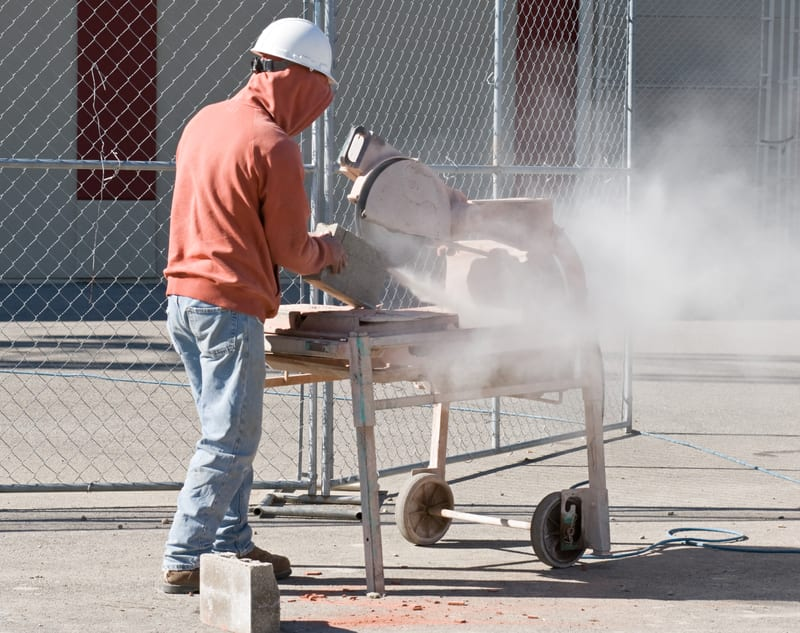 Dangers of Exposure to Cement Dust to Lungs