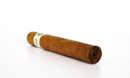 Cigar, Pipe Smoking Significantly Elevates Mortality Risk
