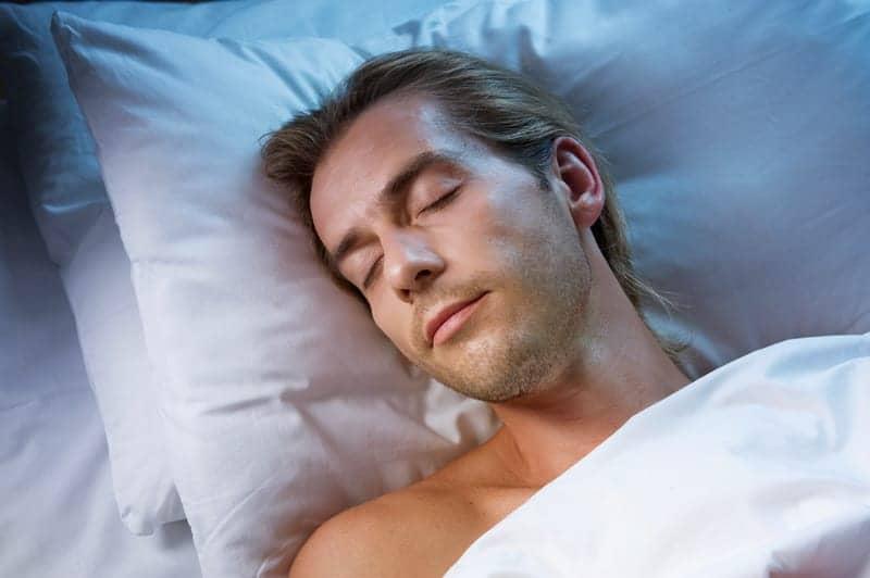 Poor Sleep May Weaken Men's Fertility