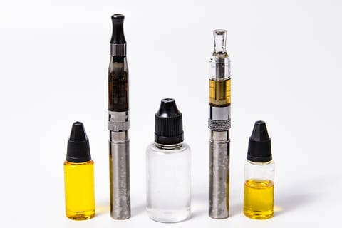 Risk of Nicotine Poisoning Higher From E-Cig Juice, Experts Say