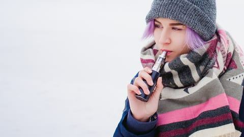 Teens Tend to Start E-Cig Use Later than for Traditional Smokes