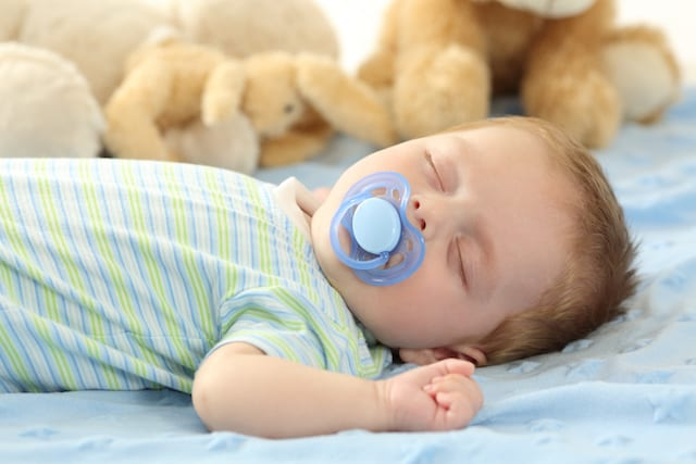 Parents Who Clean Pacifiers in Their Own Mouths May Reduce Kids' Allergy Risk