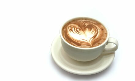 Coffee Drinking Tied to Reduced COVID-19 Risk